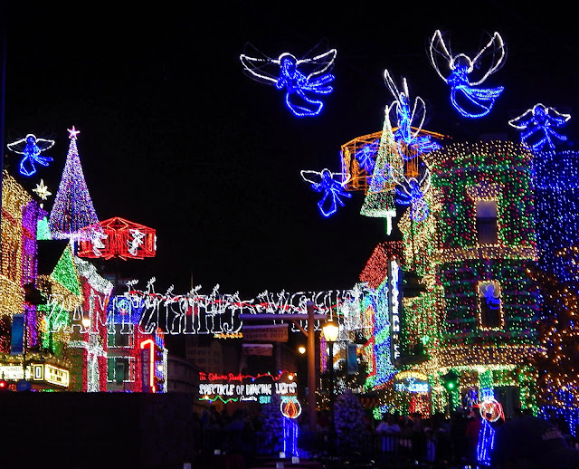 perhaps the best Hollywood Studios holiday event is the Osbourne Family Spectacle of Dancing Lights