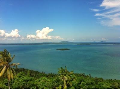 View dari menara suar Tanjung Kunyit