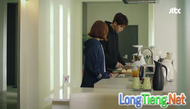 Park Hyung Sik tóe máu vì cứu Park Bo Young mà không biết vừa bị troll? - Ảnh 16.