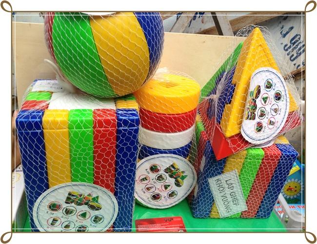 Bộ đồ chơi ghép các hình khối bằng nhựa hấp chín an toàn