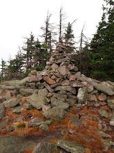 Photo: Ta sterta kamieni to szczyt Czarnej Góry.