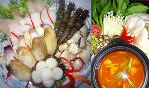 LẨU HẢI SẢN Sour sea-food soup in hot pot  Soupe aigre au produit – maritime dans la fondue