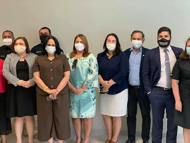 Deputado Jaziel e deputada Silvana se encontram com ministra Damares e outros ministros do governo brasileiro