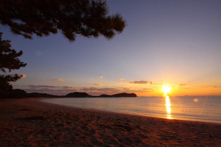 筒城浜海水浴場 朝焼け