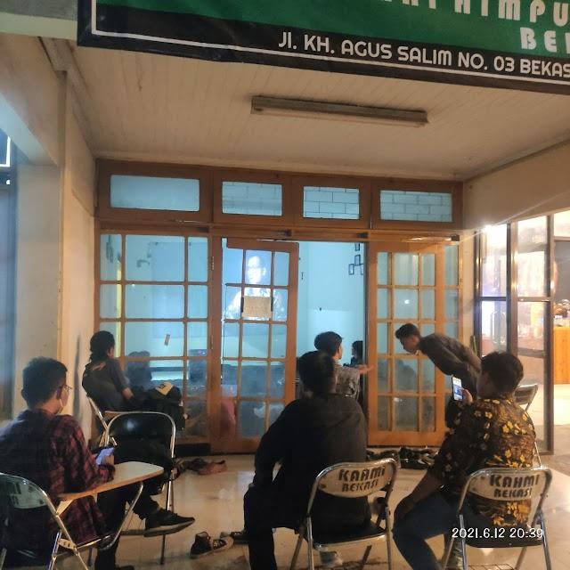 HMI Komisariat Insan Cita menggelar nonton bareng (Nobar) dan diskusi soal film dokumenter KPK Endgame
