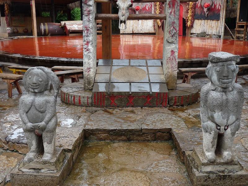 CHINE.YUNNAN.KUN MING Village des minorités 2 - P1270660.JPG