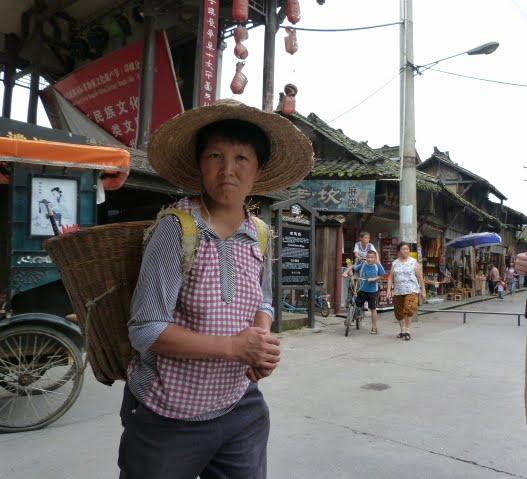 CHINE.SICHUAN.PING LE à 2 heures de Chengdu. Ravissant .Vallée des bambous - P1070490.JPG