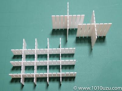 仕切り板を加工して組み立て