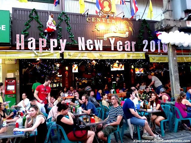 fin-de-año-kao-san-road-bangkok.JPG
