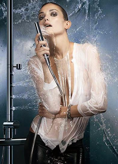 Laura Ponte, desnuda