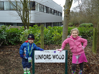 Top Ender and Big Boy as Nature Detectives at Linford Wood