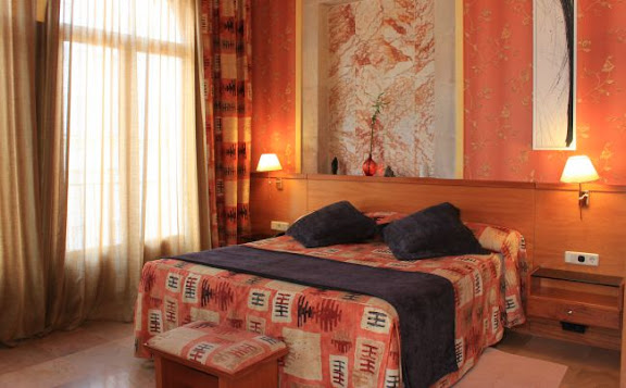 Suite familiar Hotel Porto Cristo.jpg