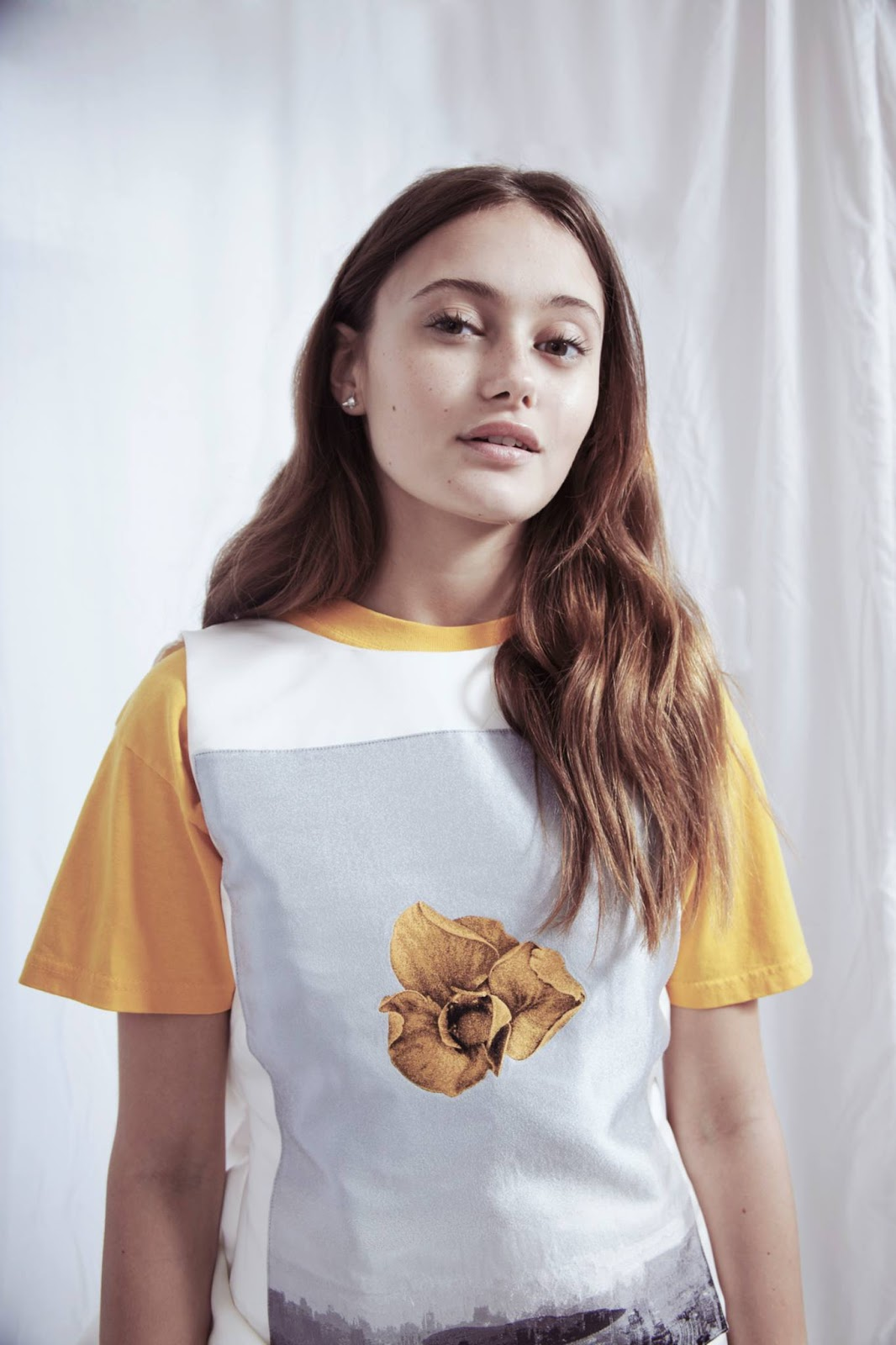 Stylish,Awesome Profile pics of Ella Purnell for whatsapp, Facebook ...