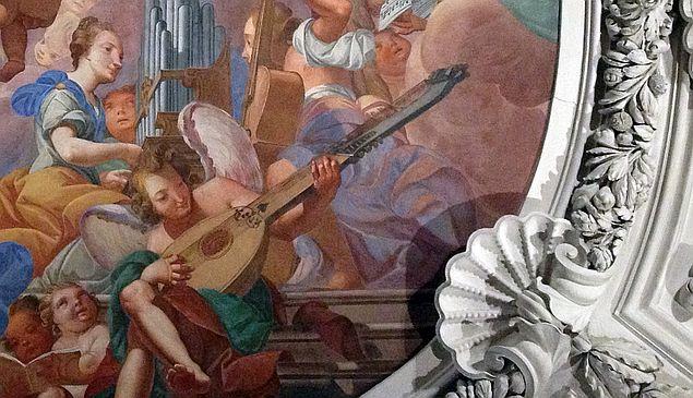 Musikanten im Deckenfresko des Passauer Doms