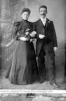 Monde, Johannes Theodorus Simon en Elisa Schoemaker Huwelijk 1894..jpg