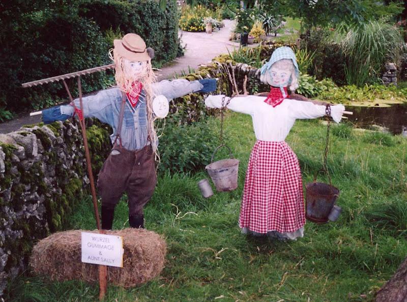 Scarecrows12