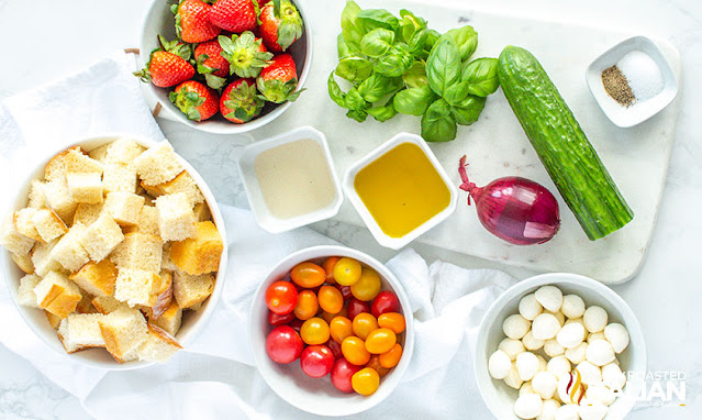 Strawberry Panzanella Salad ingredients