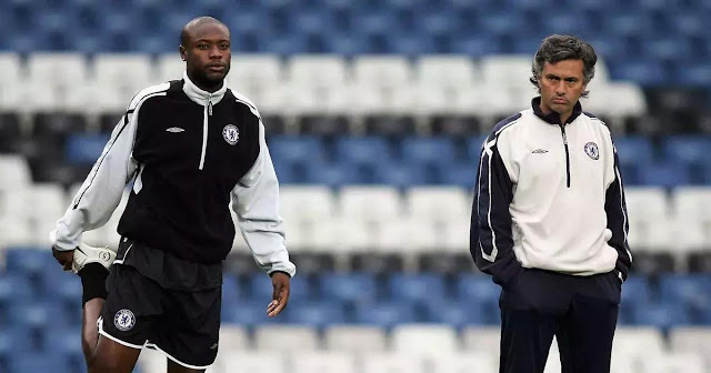 WILLIAM GALLAS REVEALS WHY JOSE MOURINHO IS FAR MORE BETTER THAN ARSENE WENGER.