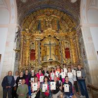 En la Capilla de la Santa Cruz después de recibir los certificados de peregrinación Foto cortesía de Julián López Brox