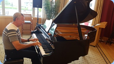 Brian McMurray made his Club debut on the Kohler and Campbell grand piano. Great music Brian!