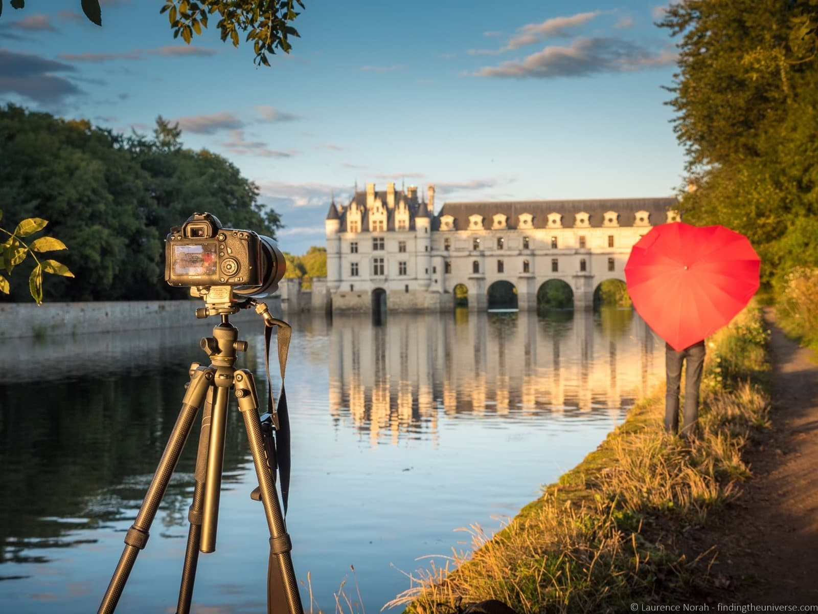 [VEO+tripod+at+Chenonceau+Castle+France_by_Laurence+Norah-2%5B4%5D]