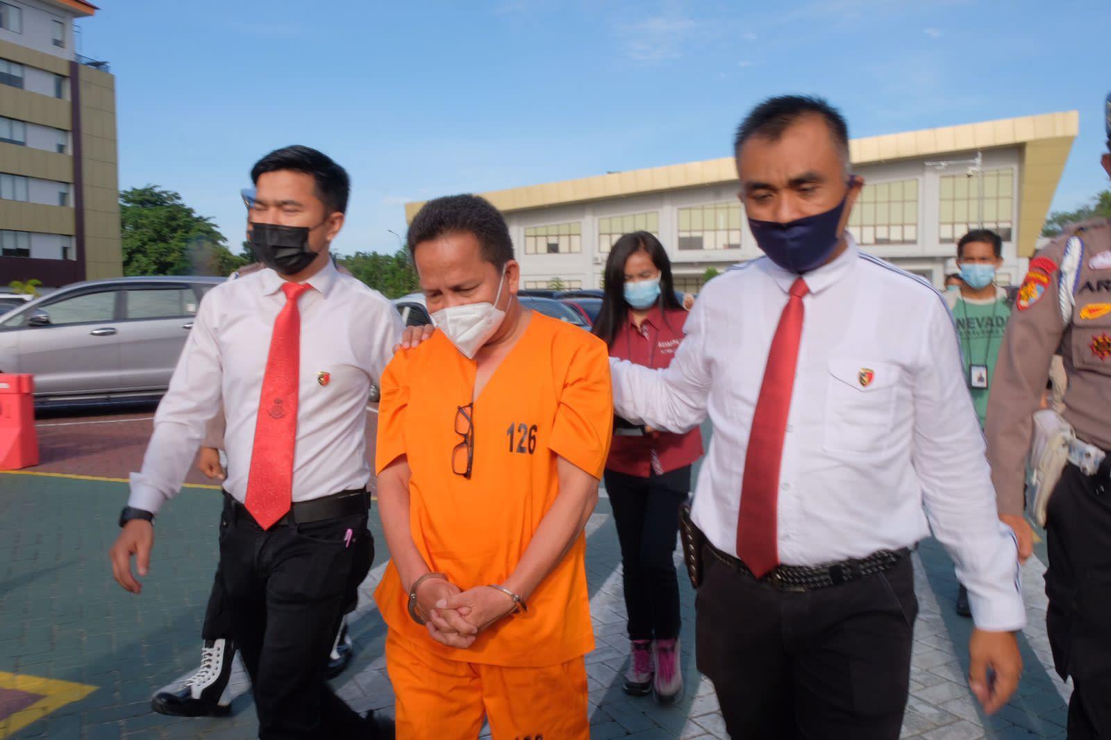 Diduga Korupsi Hibah Alat Kesehatan, Polda Riau Tahan dr HM