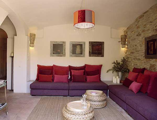 Decora con color morado y naranja muebles en panam - Ideas de colores para pintar un salon ...