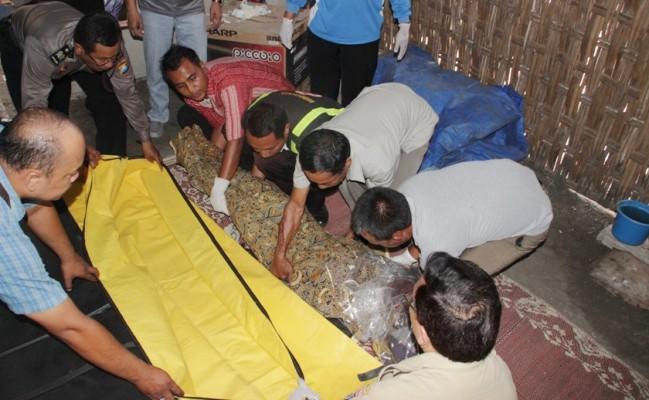 Narto alias Santo, pelaku pembunuhan istrinya sendiri terancam 15 tahun di bui