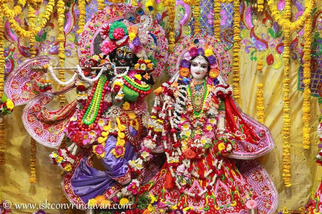 ISKCON Vrindavan Sringar Deity Darshan 29 Feb 2016 (21)