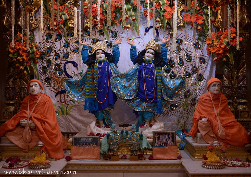 ISKCON Vrindavan Mangla Deity Darshan 26 Jan 2016 (9)