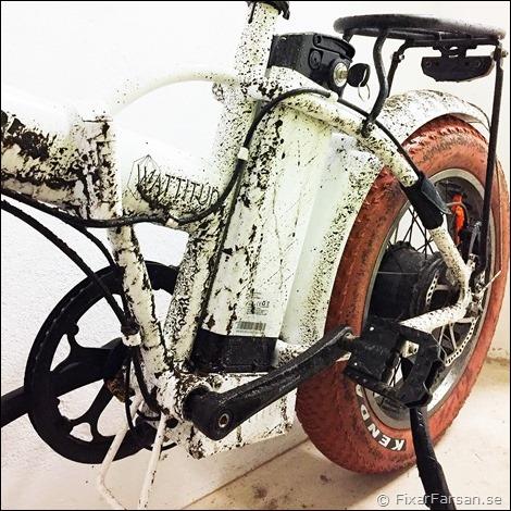 Smutsig-E-BOB-Elcykel