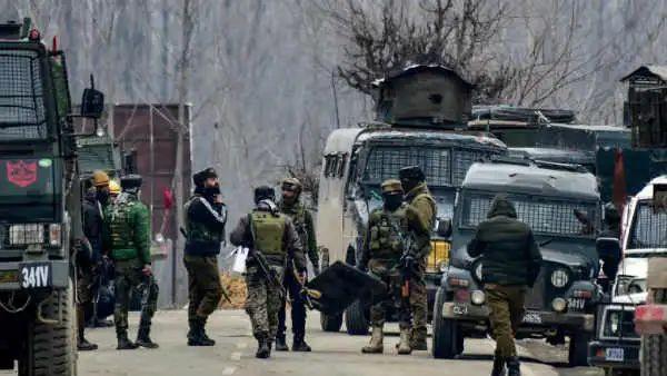 कश्मीर घाटी में सुरक्षाबलों पर फिर आतंकी हमला, जवान शहीद।