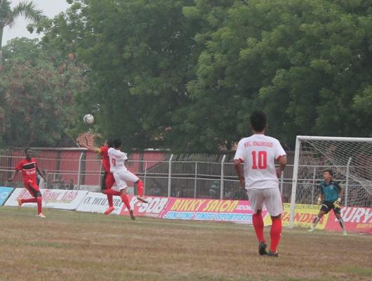 Benteng FC melenggang ke babak perempat final dengan menghadapi Cinde Putra pada Senin pekan mendatang, (26/10).