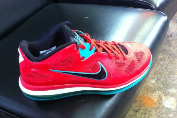 Sneak Peek Nike LeBron 9 Low Red  White  Turquoise