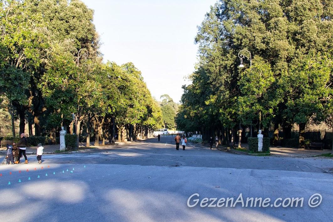 Villa Borghese bahçeleri