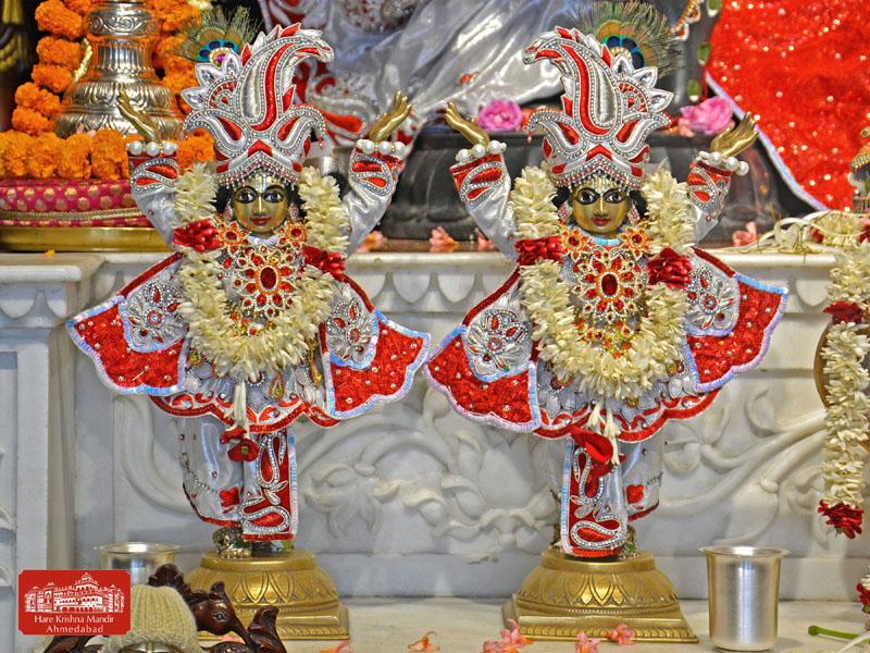 ISKCON Hare Krishna mandir Ahmedabad 10 Jan 2017 (8)