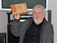 18 Praznovszky Mihály, irodalomtörténész a kötet szerkesztője.jpg