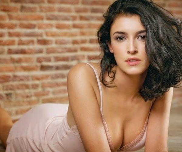 Blanca Romero, desnuda