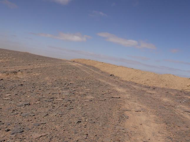 Marrocos e Mauritãnia a Queimar Pneu e Gasolina - Página 9 DSCF1092