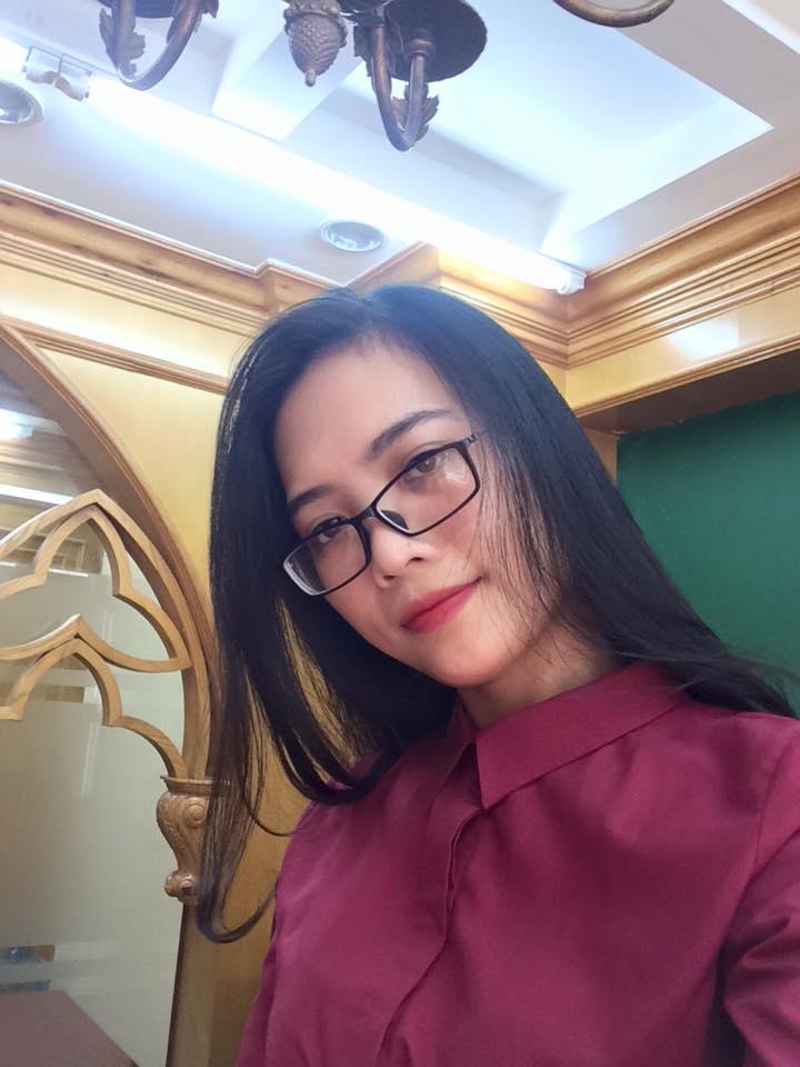 Hương Tơ - bạn học cấp 3 12 Toán - Chuyên Hùng Vương
