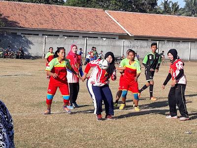 Peringati Hari Jadi ke 35,Desa Pagadungan Gelar Turnamen Sepakbola Antar Ibu Rumah Tangga