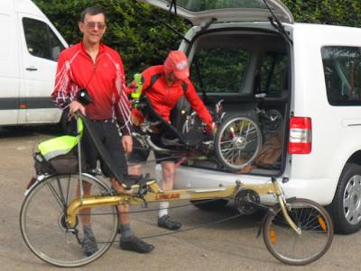 unloading bikes