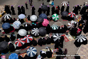 People wait for the sermon to begin. Friday prayer on 60 Meter Rd, Sana'a, Yemen جمعة الوفاء لأبين  في شارع الستين بصنعاء