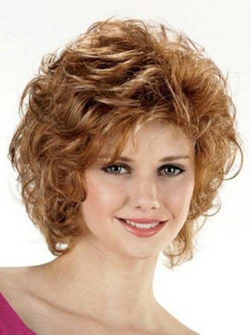 Magnificent Short Layered Curly Hairstyles For Round Faces Hairstyle Pictures Hairstyles For Women Draintrainus