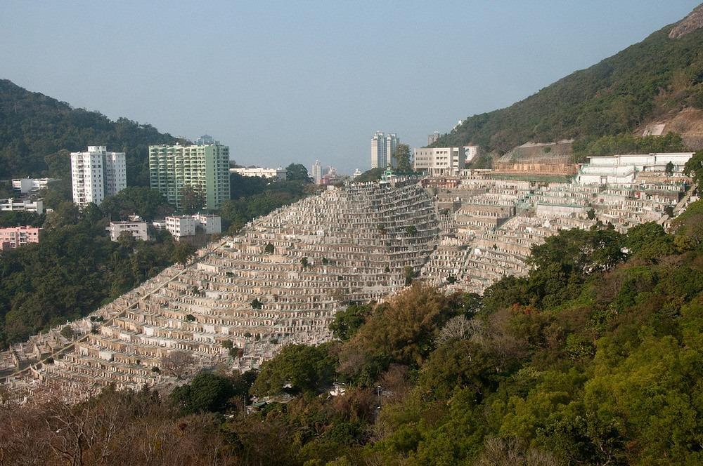 hong-kong-vertical-cemetery-5