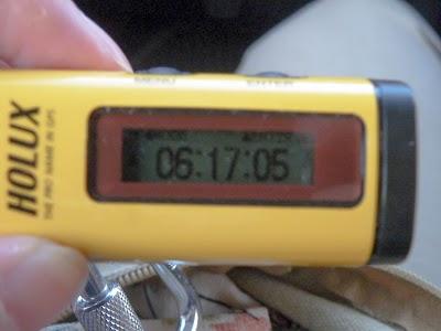 Holux M-241の時計画面を撮影