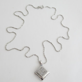 10K White Gold Chain & Pendant