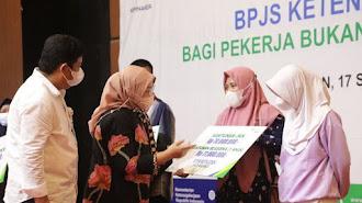 Menaker Dorong Pemda Perluas Kepesertaan BPJS Ketenagakerjaan Sektor Informal