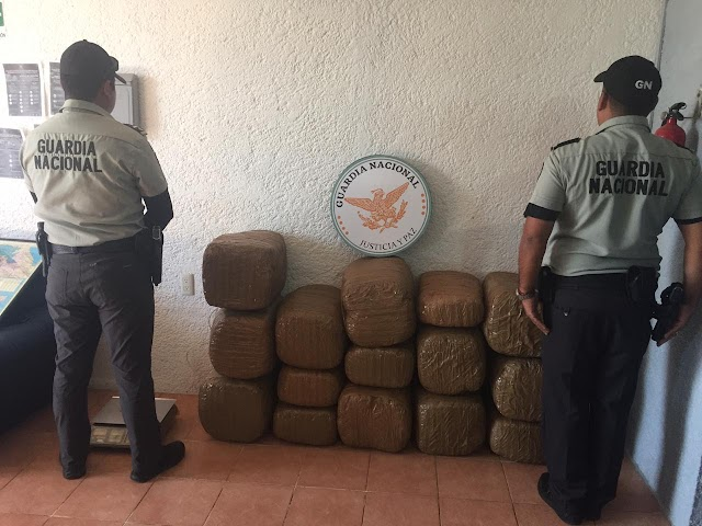 EN ACCIÓN CARRETERA EN GUANAJUATO, GUARDIA NACIONAL ASEGURÓ 112 KILOS DE APARENTE MARIHUANA