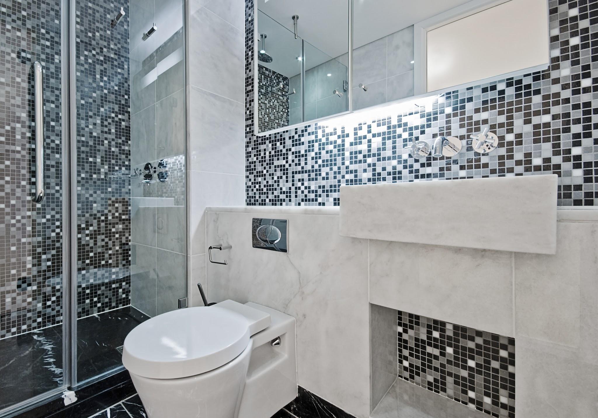Black White Gray Bathroom - emiliesbeauty.com -